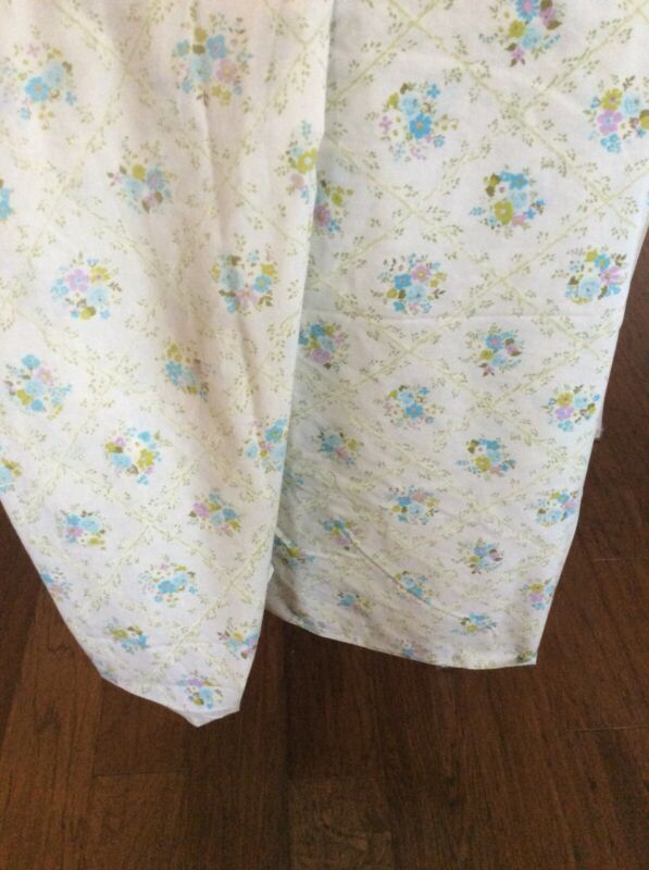Vintage Cannon Floral Full Size Sheets
