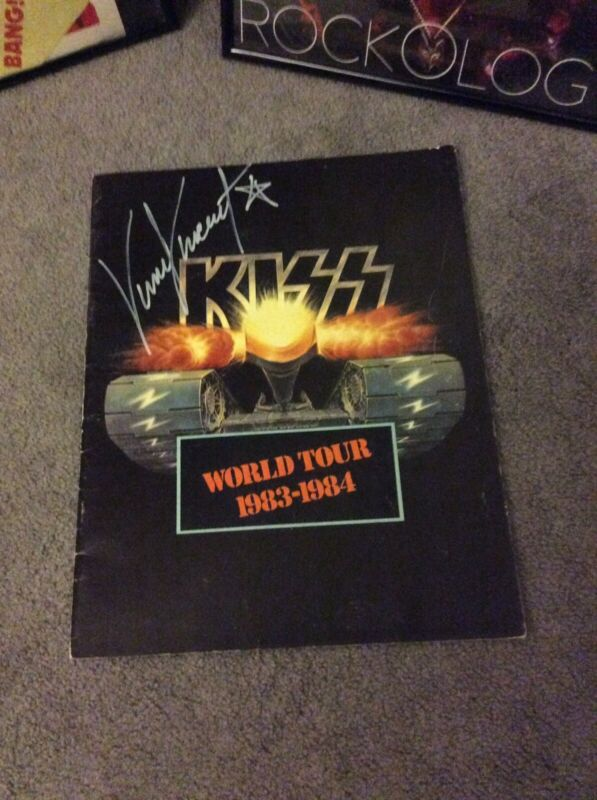 KISS Lick It Up Tour Concert Book Signed By Vinnie Vincent Auto Autogrpahed
