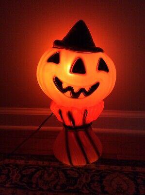 Vtg 1969 Halloween Blow Mold Light Up Jack O Lantern/Pumpkin Haystack