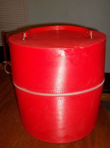 """Vintage Zippered Wig Hat Carrier With Handle Hat Box Red Vinyl 14"""" High"""