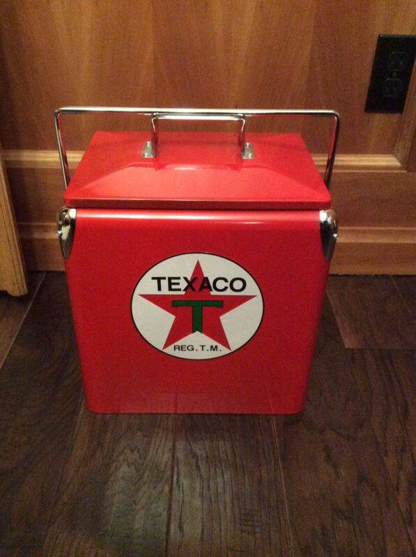 Texaco Cooler Licensed - Embossed Logo And Chrome Accents