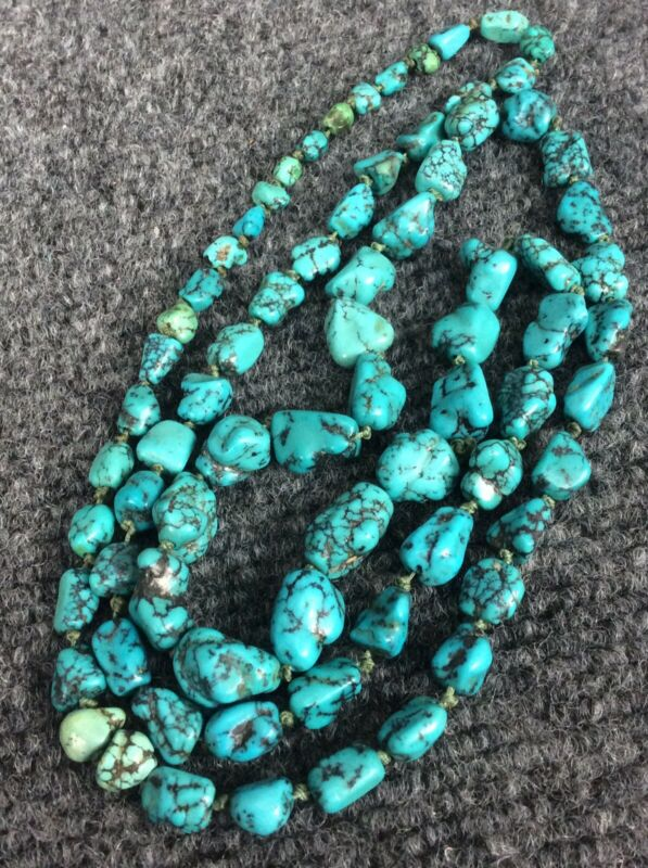 Beautiful vtg Chinese graduated  Turquoise nuggets necklace 70 g