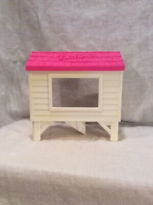 1997 Barbie Pink Roof Dog House Rabbit Hutch 5""