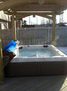 LAKEVIEW 2 Story Home HOT TUB,BBQ,SNOWBLOWER pets OK 2 YR DEAL!