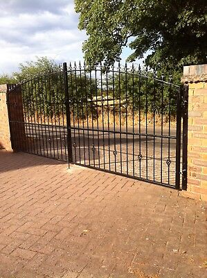 Steel Gates And Railings Made To Measure. Mob..