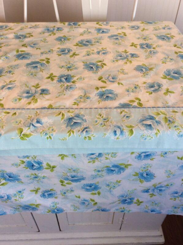 Vintage Blue Rose Floral Sheet