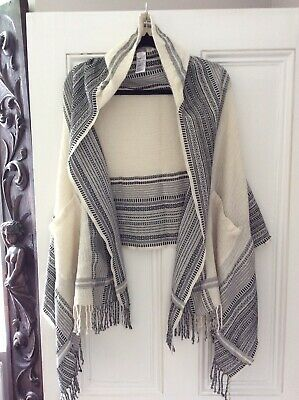Hoss Intropia Anthropologie cream black Hooded scarf Cape wrap One Size