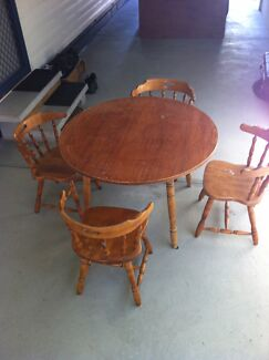 Dining table and chairs Cobram Moira Area Preview