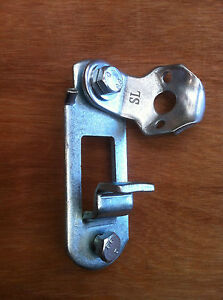 Door-Handle-Retainer-Shipping-Container-Parts