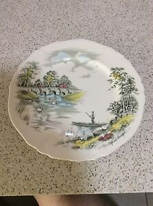 Alfred Meakin Decorative Plate Elanora Gold Coast South Preview