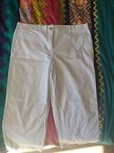 Brand new, size 14 Rockmans White 3/4 pants Shell Cove Shellharbour Area Preview