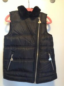 Girls size 6X Betsey Johnson quilted vest like new! $10