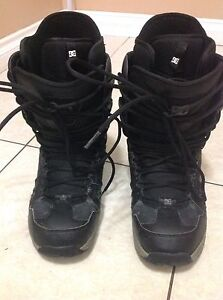 Men's DC Phase snowboard boots