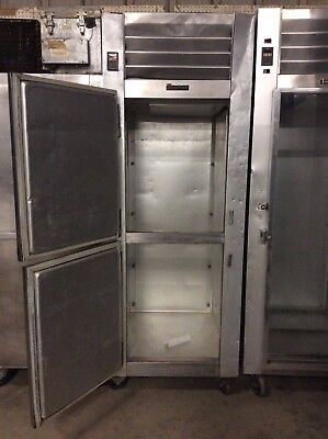 Traulsen G12001ch Single Section Solid Split Door Reach-in Freezer Self-containe