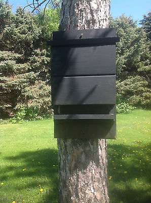 ^v^ ^v^ LARGE CHAMBER BLACK KEVLAR LINED BAT HOUSE BOX WITH PREDATOR GUARD