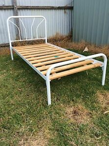 White metal Single bed Berrigan Berrigan Area Preview