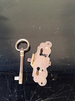 Schloß Schnappschloß mit Schlüssel -verziert-  Neu