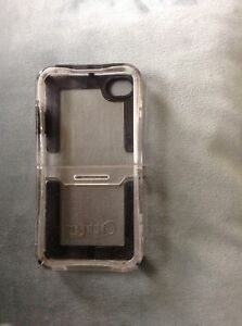 Clear 2 piece otter box for iPhone 4