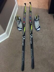 Skate skis and size 5.5 U.S. Boots