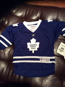 New Kids 2 - 4T Maple Leaf Jersey