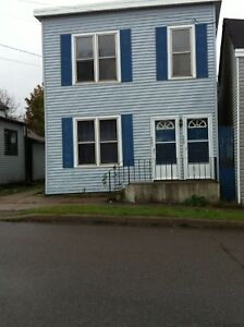 288 Woodville St. - 2BR  West, Heated, Pets, Smokers, Yard™