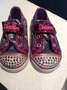 Toddler girls sketchers sneakers like new size 5 $5