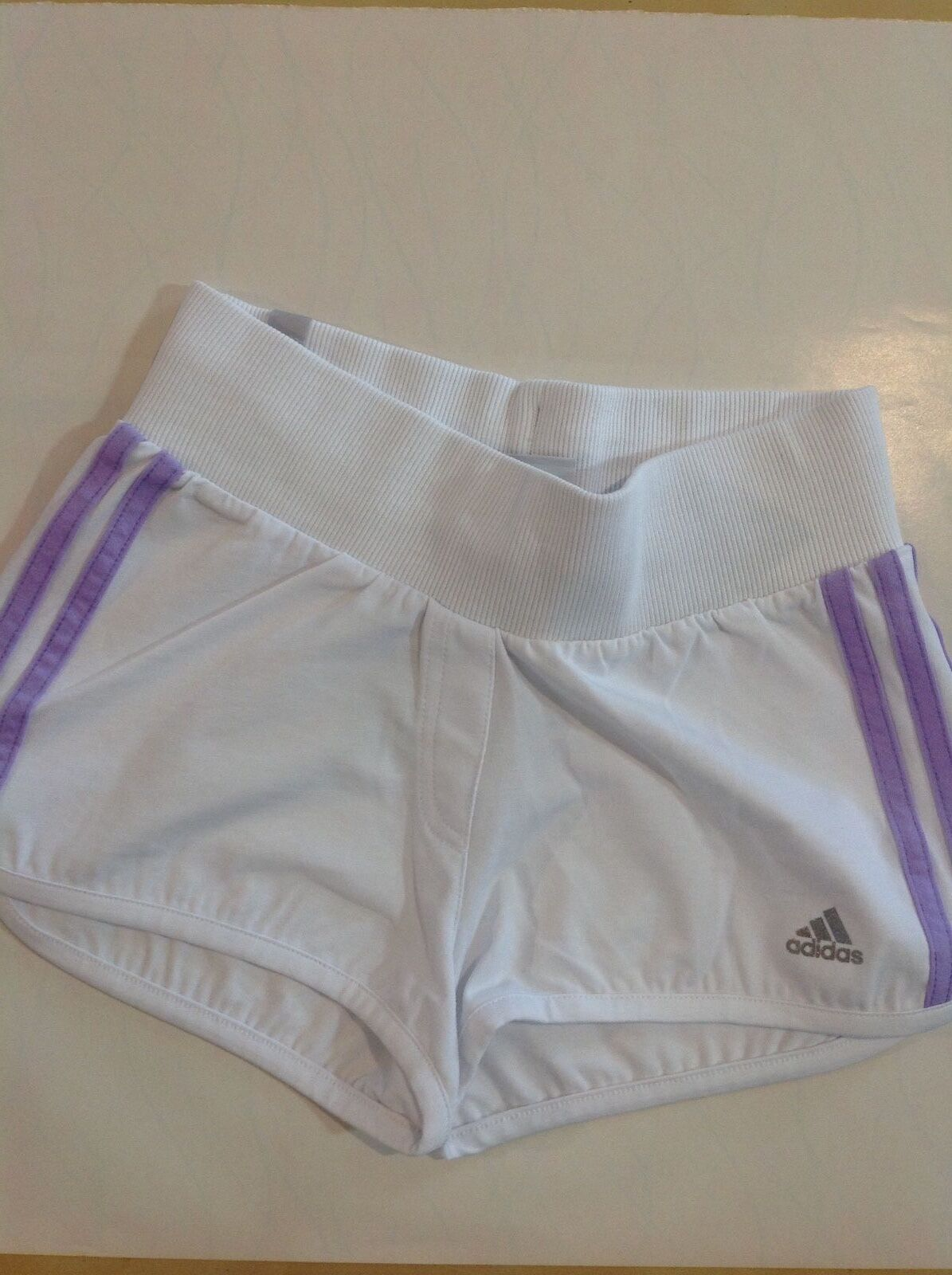 Abbigliamento sportivo donna ADIDAS Pantaloncino corto Short Bianco art.D04400