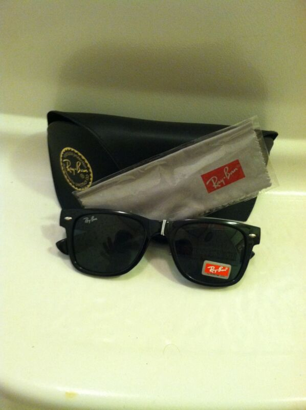 884b274205c NEW Ray Ban RB 2140 901A 50mm Black Gray Classic Wayfarer Sunglasses ...
