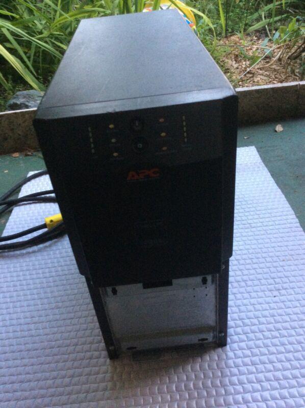 APC UPS: 2200VA  120V SUA2200