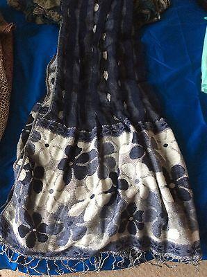3x Scarfs/shawls