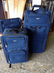 HfH ReStore WEST -  4 piece luggage set
