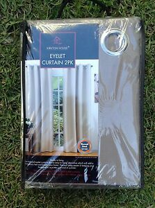 Thermal lined Eyelet curtains 2 pack North Narrabeen Pittwater Area Preview