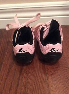 Girl shoes-  soccer shoes size Y8 -see all pictures  London Ontario image 3