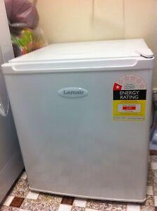 Mini bar fridge $50 Penrith Penrith Area Preview