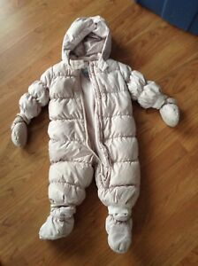 BabyGap down one piece snowsuit size 12 to 18 months