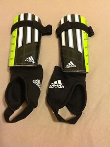 Adidas women's shin pads (shin guards) -  size M Lane Cove Lane Cove Area Preview