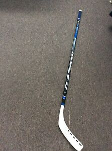 Bâton de dek hockey