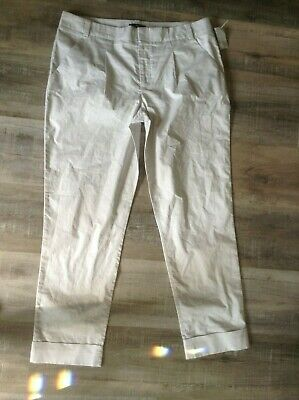 GAP Women's Light Weight Single Pleat Cuffed Cropped Capri Pants Sz 8 tall gray Pleats Single Light