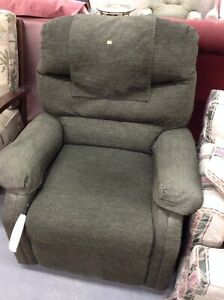 Green easy lift chair