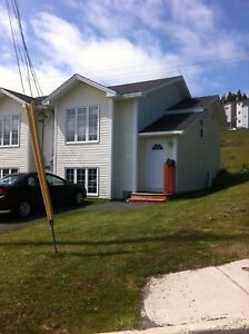 1 Seabright Pl-Beautiful Town Home on Quiet Cul-De-Sac in Mount