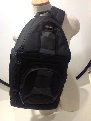 Кейсы, сумки Lowepro SlingShot 100aw Camera