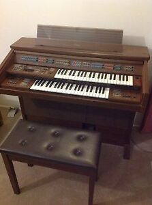 Electone Piano. RRP$4000 need gone Jamboree Heights Brisbane South West Preview