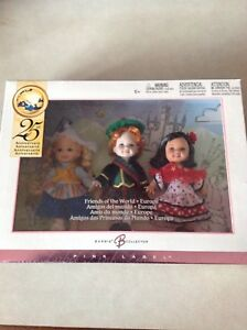 Barbie Collectible 25th Anniversary Friends of Europe
