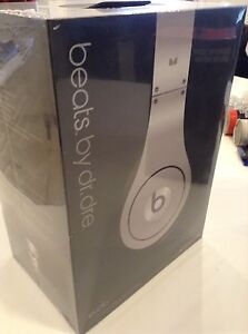 Beats Headphones New in Box Edmonton Edmonton Area image 5
