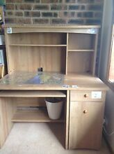Large wooden study desk $20 Mount Kuring-gai Hornsby Area Preview
