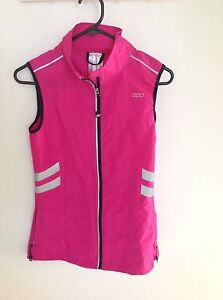 Light weight Lorna Jane Vest Thornton Maitland Area Preview