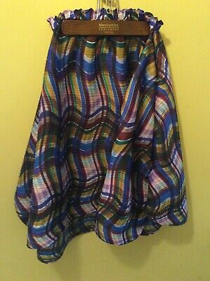 Gorgeous Issey Miyake skirt size 5. A real show stopper. Flouncy and flattering