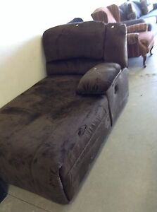 HfH ReStore WEST-  lounger