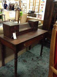 Antique looking writing table@HFHGTA Restore Etobicoke  HD-006