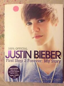 Justin Bieber book ( POSTER INCLUDED)